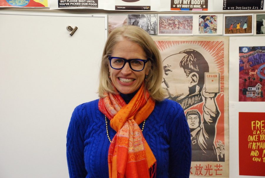 Parker high school history teacher Susan Elliott has reshaped the Meeting of the Minds for her classes.