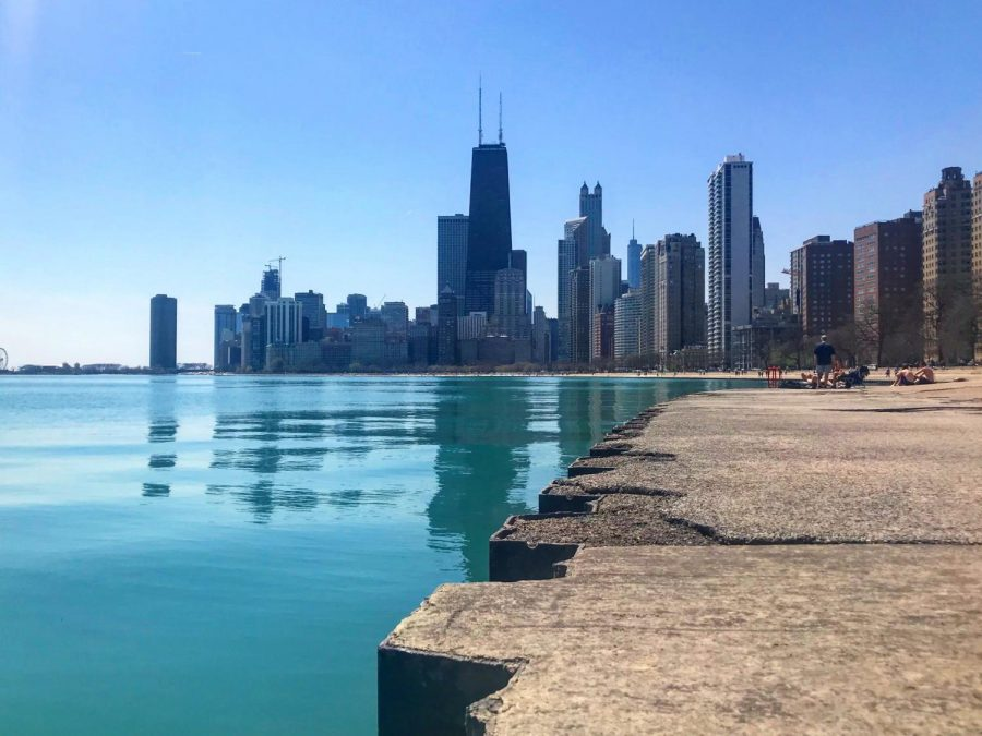 An+image+of+the+empty+lakefront+after+Chicago+Mayor+Lori+Lightfoot+announced+its+temporary+closure.+Photo+courtesy+of++Chicago+Visitors+Guide