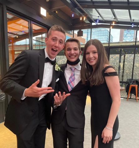 """Our very own """"Weekly"""" editors at Prom! Photo taken by class of 2021."""